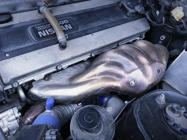 EXHAUST MANIFOLD ON RB25DET