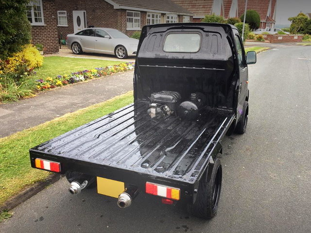 REAR EXTERIOR UK MODEL SUZUKI CARRY BLACK