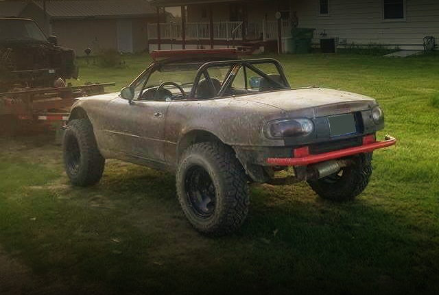 REAR EXTERIOR LIFTED FIRST GEN MIATA