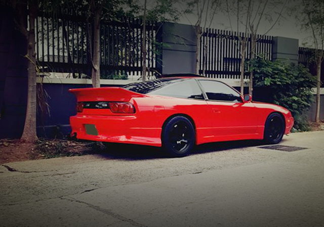 REAR EXTERIOR S13 200SX RED