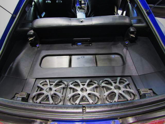 TRUNK ROOM AUDIO SYSTEM