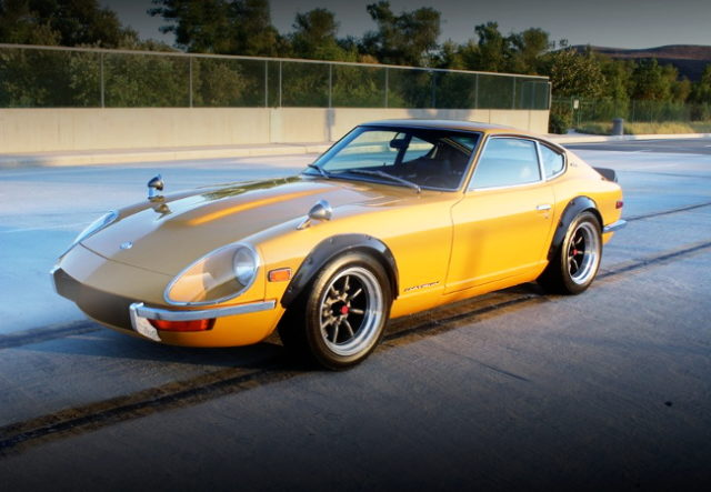FRONT G-NOSE S30 DATSUN 240Z