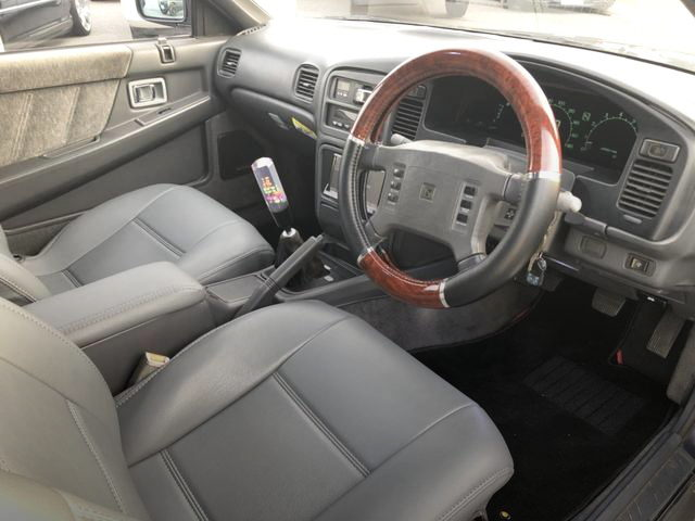 2nd Gen LEOPARD INTERIOR