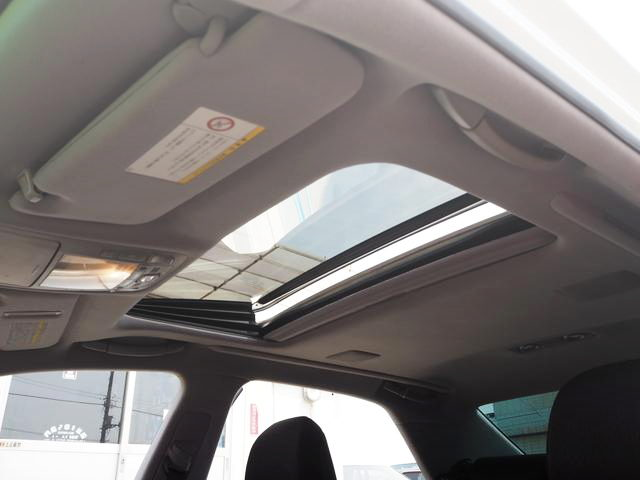SUN ROOF FROM GRS204 CROWN