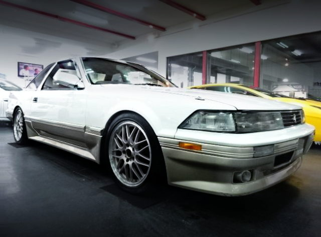FRONT EXTERIOR MZ20 SOARER TWO-TONE