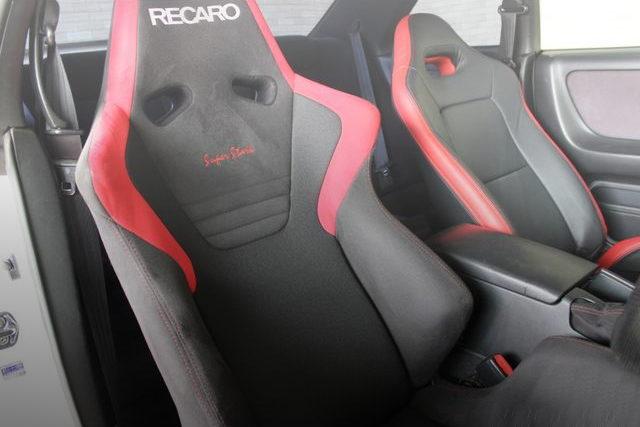 DRIVER POSITION RECARO SEAT