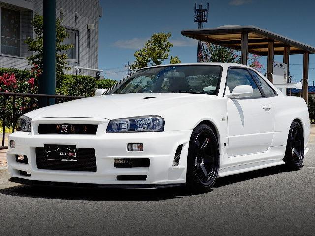 FRONT FACE R34 GTR V-SPEC2 WHITE