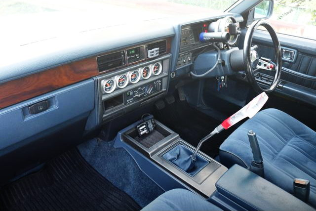 DASHBOARD Y30 CEDRIC WAGON