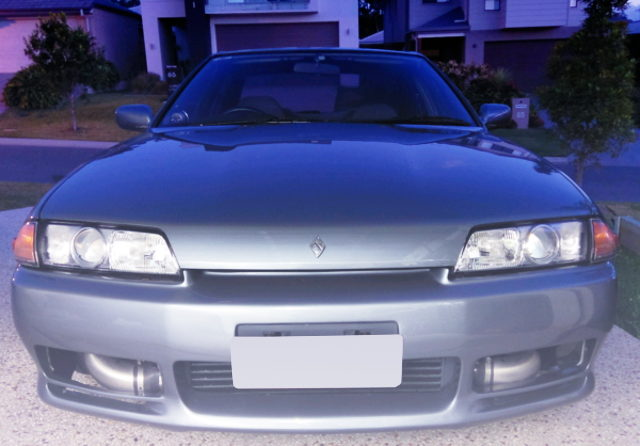 FRONT FACE R32 SKYLINE GTS4