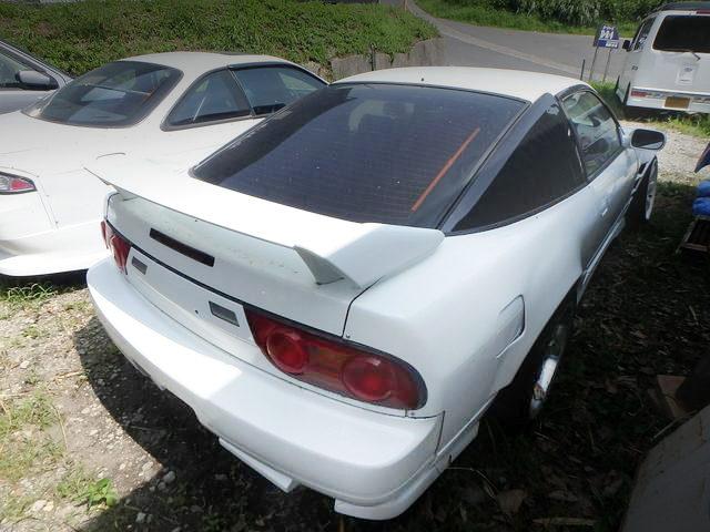 REAR EXTERIOR 180SX WHITE