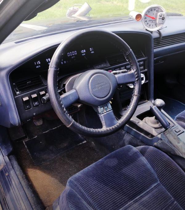 LEFT HAND DRIVE MA71 SUPRA INTERIOR