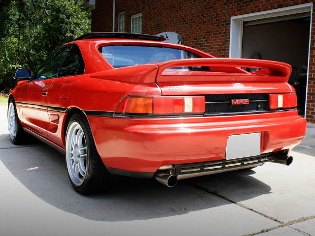 REAR EXTERIOR SW21 MR2 RED