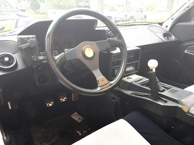 LEFT HAND DRIVE INTERIOR AW11 MR2