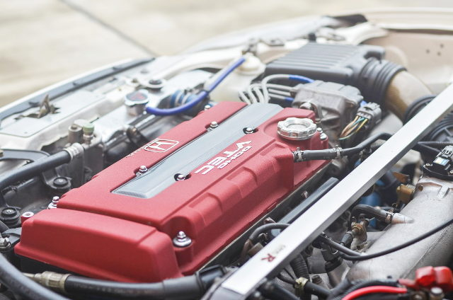 TYPE-R B16B 1600cc VTEC ENGINE