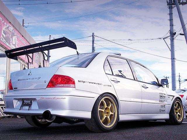 REAR EXTERIOR LANCER EVOLUTION 7 GSR
