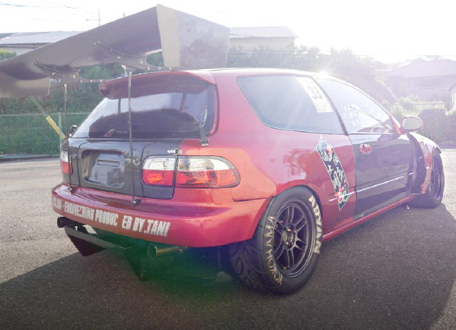 REAR EXTERIOR EG6 CIVIC