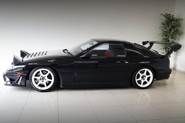 SIDE EXTERIOR FC3S RX-7