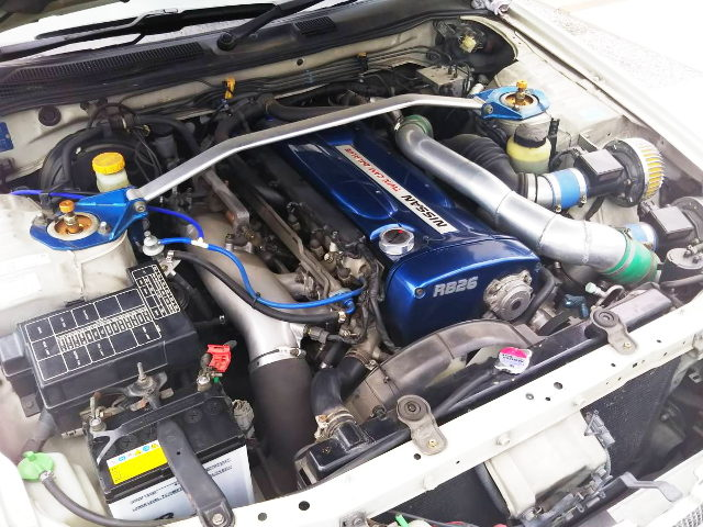RB26 TWINTURBO ENGINE BLUE
