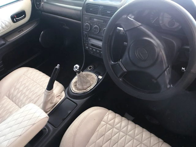 LEXUS IS200 CUSTOM INTERIOR