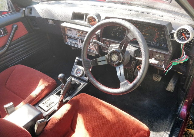 INTERIOR DASHBOARD R30 SKYLINE