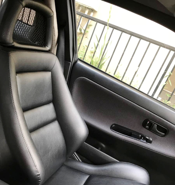 BLACK LEATHER SEAT