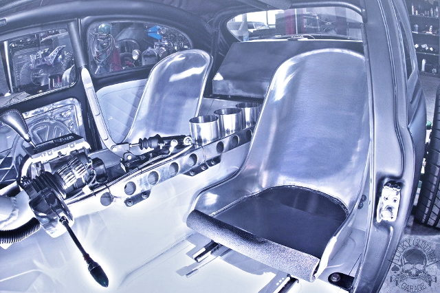 CUSTOM INTERIOR SEATS