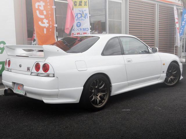 REAR EXTERIOR R33 SKYLINE GT-R