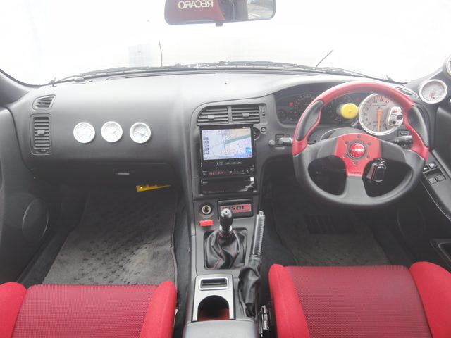 INTERIOR DASHBOARD R33 GT-R