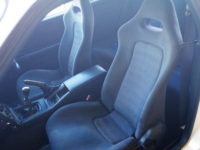 R33GTR SEATS