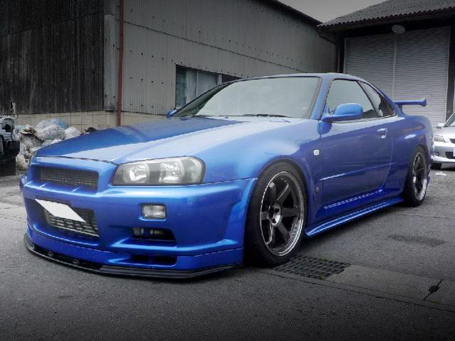 FRONT FACE R34 GT-R BLUE