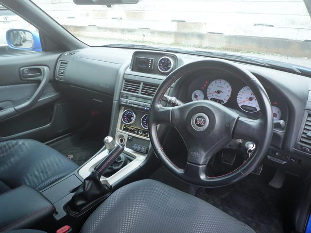 R34 GT-R INTERIOR