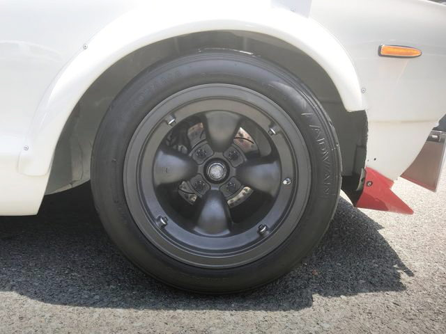 FRONT MAG WHEEL