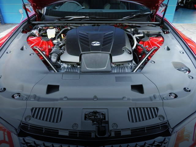 2UR-GSE 5000cc V8 ENGINE