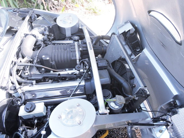 1UZ V8 ENGINE WITH SUPERCHARGER