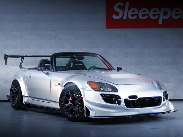 FRONT FACE US-MODEL AP1 S2000
