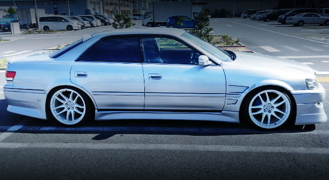 SIDE EXTERIOR JZX100 MARK2 TOURERV