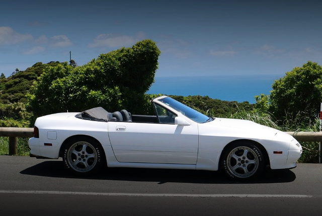 SIDE EXTERIOR FC3C RX7 CABRIOLET