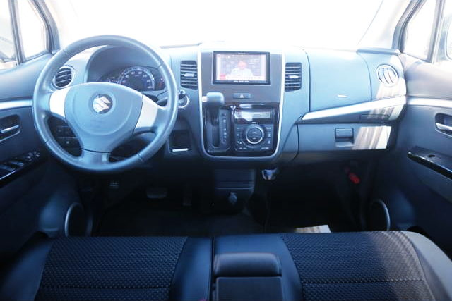 LEFT HAND DRIVE CONVERSION INTERIOR