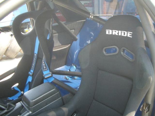 INTERIOR BUCKET SEATS ROLLBAR