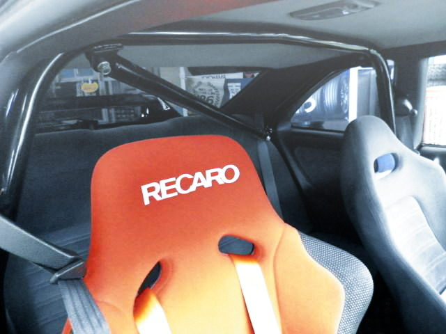 ROLL BAR AND RECARO SEAT