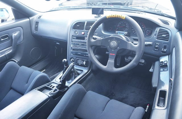 INTERIOR R33GTR