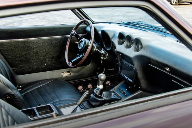 LEFT HAND DRIVE INTERIOR FOR S30Z