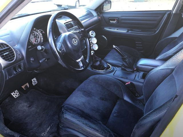 LEFT HAND DRIVE INTERIOR FOR LEXUS IS300