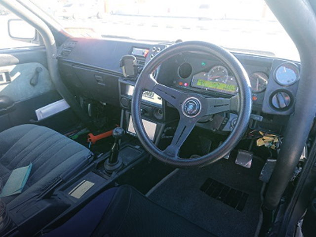 INTERIOR DASHBOARD AND STACK METER