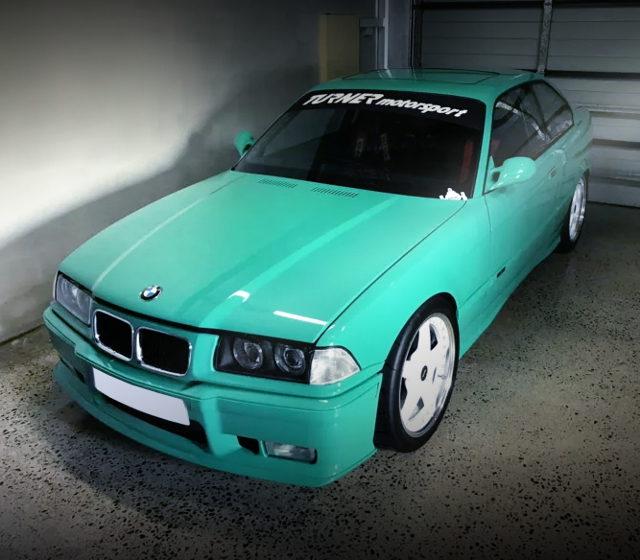 FRONT EXTERIOR E36 BMW 325i LIGHT GREEN