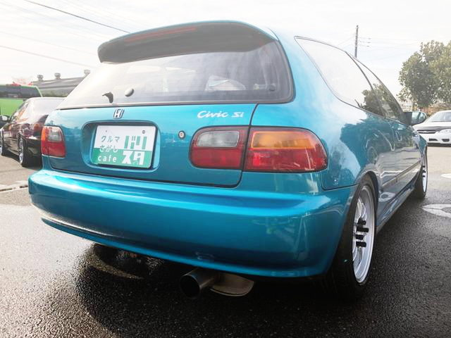 REAR EXTERIOR EG6 CIVIC SiR2