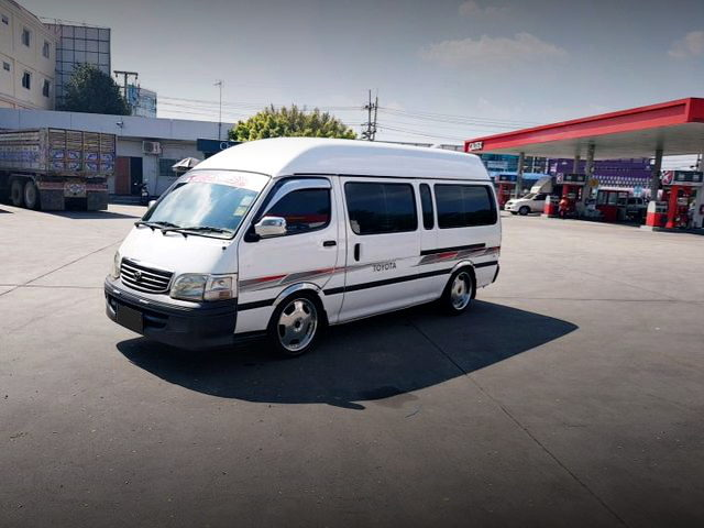 LEFT SIDE EXTERIOR H100 HIACE