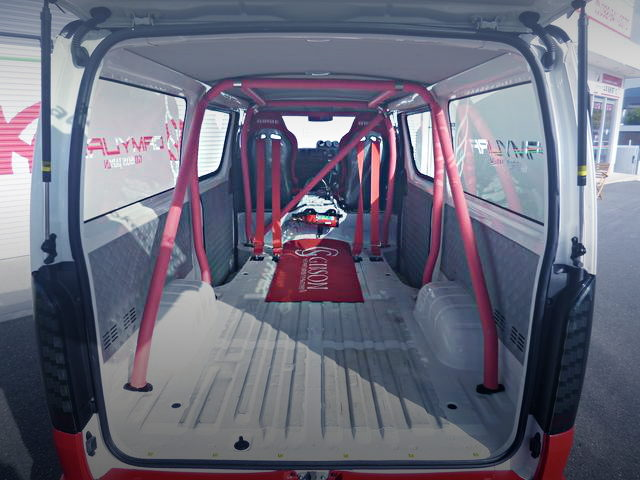 ROLL BAR ON H200V HIACE INTERIOR