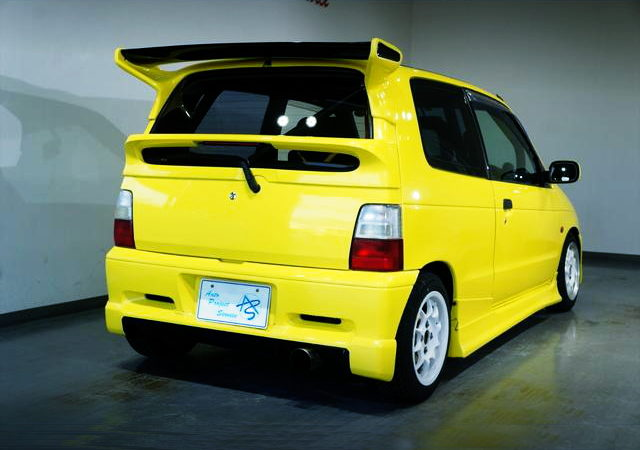 REAR EXTERIOR HB11S ALTO WORKS YELLOW