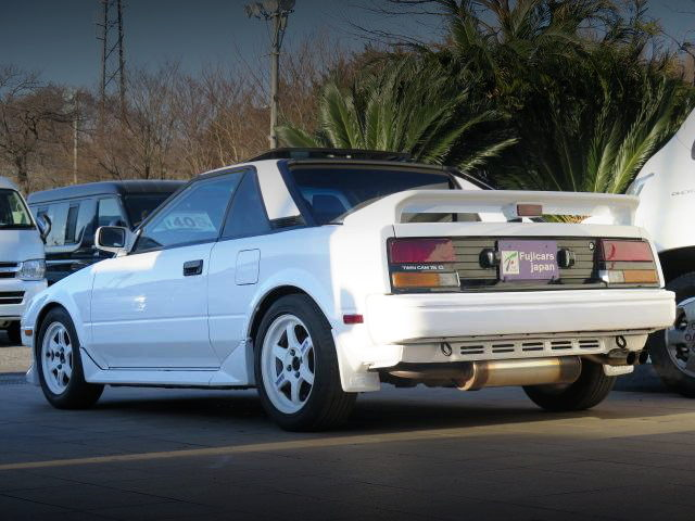 REAR EXTERIOR 1ST GEN MR2